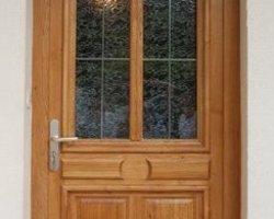 Menuiserie Bernard Jean-Philippe - Ville-sous-Anjou - Pose et rénovation de portes d'entrée en bois