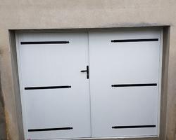 Menuiserie Bernard Jean-Philippe - Ville-sous-Anjou - Portes de garage battantes aluminium