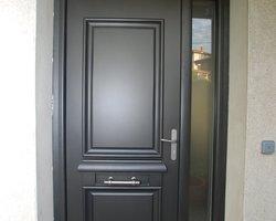 Menuiserie Bernard Jean-Philippe - Ville-sous-Anjou - Portes d'entrée en aluminium